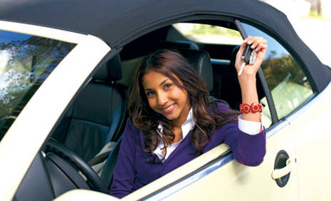 Book in advance to save up to 40% on Under 18 car rental in Leknes